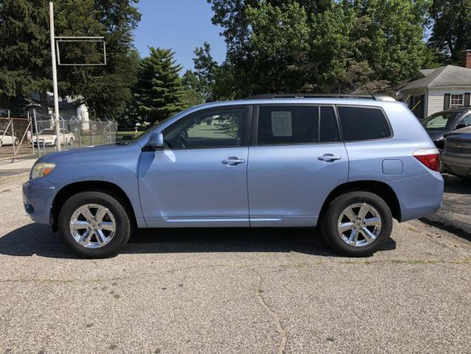 2008 BLUE TOYOTA HIGHLANDER (JTEES41A482) with an 3.5L engine, Automatic transmission, located at 1056 E Riverside Dr, Evansville, IN, 47714, (812) 423-7026, 0.000000, 0.000000 - Photo #0
